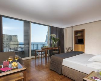 Royal Continental Hotel Naples - Неаполь - Спальня