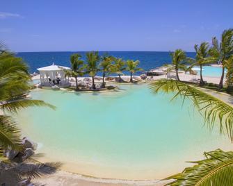 Tracadero Beach Resort - San Rafael del Yuma