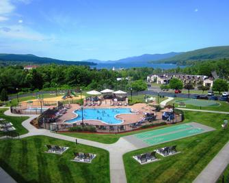 Holiday Inn Lake George Turf, An IHG Hotel - Lake George - Piscina
