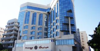 Hotels in Hoora (Manama) from £37/night - Search on KAYAK