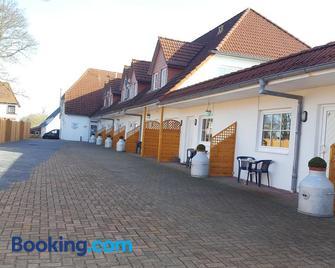 Hof von Oldenburg - Butjadingen - Building