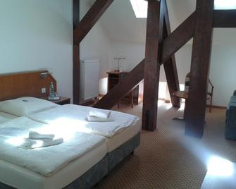 Hotel Brauhaus Buckeburg - Bückeburg - Schlafzimmer