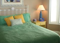 Beach House At The Dunes at Beachside Colony - Tybee Island - Bedroom