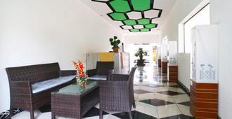 Habibah Syariah Hotel - Yakarta - Lobby