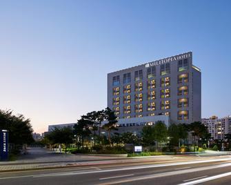 Militopia Hotel - Seongnam - Building