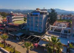 Aquila Beach Hotel - Fethiye - Outdoors view