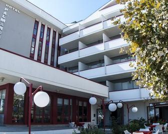 Palmarosa - Roseto degli Abruzzi - Building
