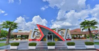 Te Stela Resort - Tirana - Building