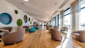 Aquatis Hotel - Lausana - Lounge