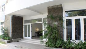 Hangover Hostels at Colombo - Colombo - Building