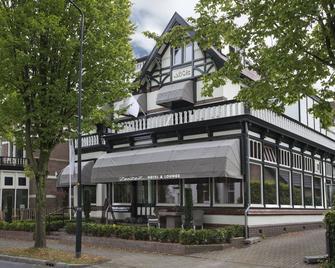 Zenzez Hotel & Lounge - Apeldoorn - Edificio