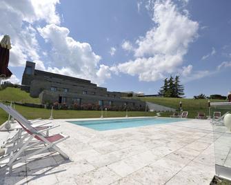 Ca' del lupo - Montelupo Albese - Pool