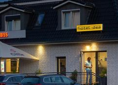 Hotel Dea - Soltau - Gebouw