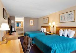Days Inn by Wyndham Lafayette Near Lafayette Airport - Lafayette - Makuuhuone