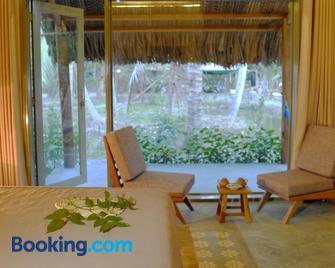 Mekong Home - Ben Tre - Living room