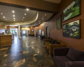 Hotel Victor Pruszków by De Silva - Pruszków - Lobby