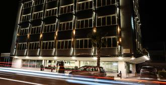 Best Western JFK Hotel - Nápoles - Edificio