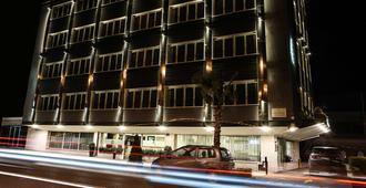 Best Western JFK Hotel - Nápoles - Edifício