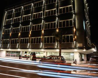 Best Western JFK Hotel - Napels - Gebouw
