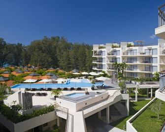 Dewa Phuket (Beach Resort, Villas And Suites) - Sakhu - Building