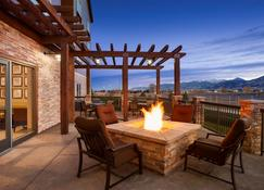Country Inn & Suites by Radisson Bozeman, MT - Bozeman - Balcony