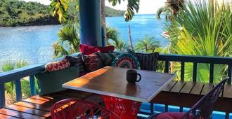 Olga's Fancy - Saint Thomas Island