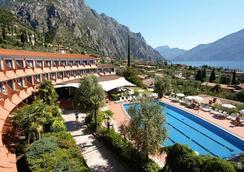 Hotel Saturno - Limone sul Garda - Pool