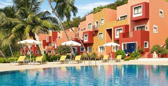 Cidade De Goa - Ihcl Seleqtions - Panaji - Pool