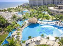 Olalani Resort And Condotel - Da Nang - Pileta
