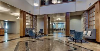 Drury Inn & Suites Phoenix Happy Valley - פיניקס - לובי