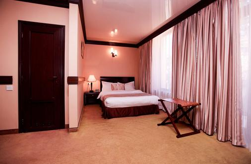 Best Western Plus Paradise Hotel Dilijan - Dilijan - Bedroom