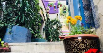 Zaman Ya Zaman Boutique Hotel - Amman - Outdoor view
