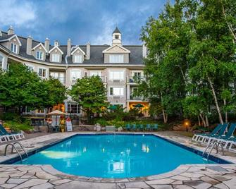 Holiday Inn Express & Suites Tremblant - Mont-Tremblant - Pool