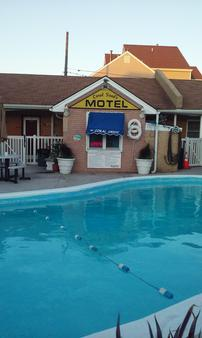 Coral Sands Motel - Seaside Heights - Bể bơi