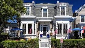 Prince Albert, Provincetown - Provincetown - Building