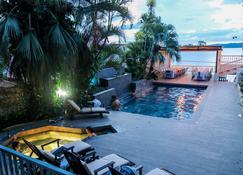 Hotel Casona de La Isla - Flores
