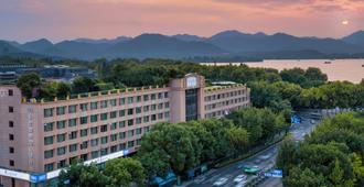 Sofitel Hangzhou Westlake - Hangzhou - Bina