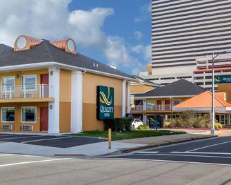 Quality Inn Flamingo - Atlantic City - Gebouw