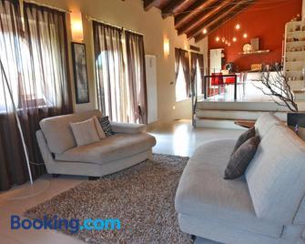Casa Vacanze Il Brichet - Mondovi - Living room