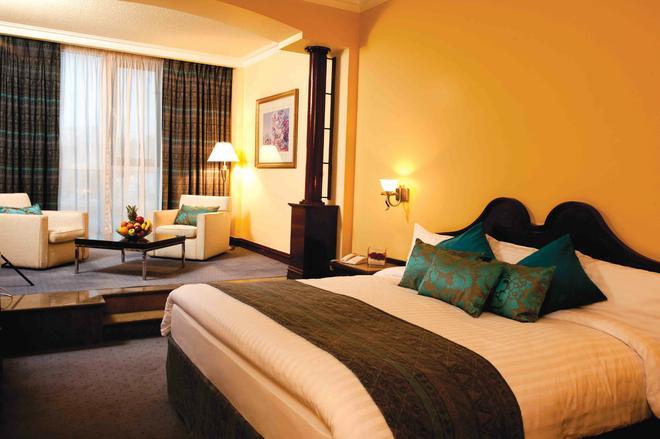 安曼華廈酒店和會議中心 - 安曼 - 安曼 - 臥室