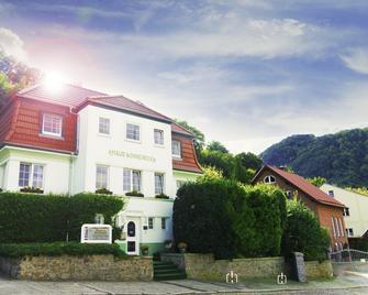 Hotel Garni Haus Sonneneck - Thale - Edificio