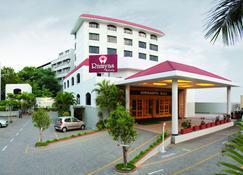 Ramyas Hotels - Tiruchirappalli - Κτίριο