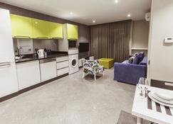 Bmk Suites Apartments - Antalya - Cocina