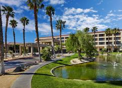 DoubleTree by Hilton Golf Resort Palm Springs - Cathedral City - Vista del exterior