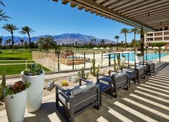 DoubleTree by Hilton Golf Resort Palm Springs - Cathedral City - Πισίνα