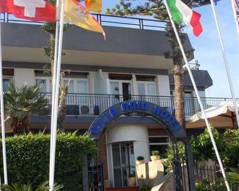 Villa Gaia Hotel - Cefalù - Building