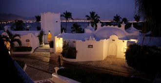 Las Hadas By Brisas - Manzanillo - Vista del exterior