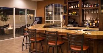 Hyatt House Houston West Energy - Houston - Bar