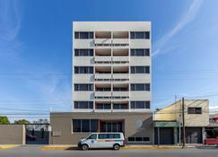 Comfort Inn San Luis Potosi - San Luis Potosí - Building