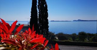 Hotel Aquavite - Gardone Riviera - Vista esterna